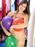 click here to see josefine squeeze balloons
